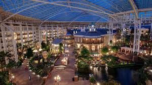 country christmas christmas in nashville a country christmas at gaylord opryland