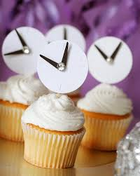 New Year S Eve Cake Decorations by Just Wait Until The Clock Strikes Midnight B Lovely Events