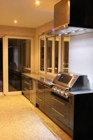 alfresco kitchen with eleganz perspex doors beefeater proline bbq