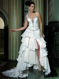 diese brautkleider liegen jetzt im trend - Rockige Brautkleider