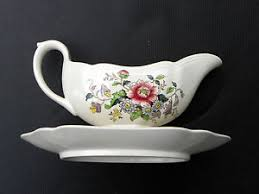 raeburn by copeland spode gravy boat attached underplate
