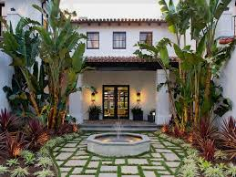 Home Courtyards Patios Designs For Small Yards Mexican Style Homes With And