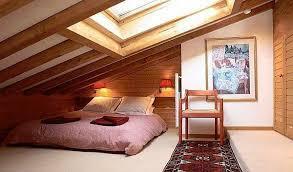 wohnideen in dachgeschoss wohnideen schlafzimmer unter dem dach villaweb info