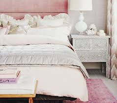 examples of good feng shui bedrooms excellent feng shui bed in a feminine energy bedroom