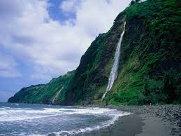 Hawaii beaches images The 10 best hidden beaches in hawaii photos cond nast traveler jpg