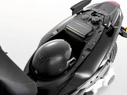 2013 Piaggio Typhoon 125 The Swift Fully Automatic Commuter
