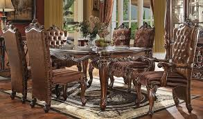 traditional style dining table set