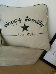 housse de coussin happy family à personnaliser embroidery