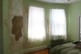 Paint Peeling Off Interior Walls 17 Apart Restoring Plaster Walls Bringing Stephanie U0027s Room Back