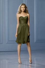 what colour of shoes can i wear with an olive green dress