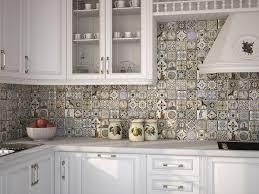 salon prowansalski z aneksem kuchennym kuchnia styl