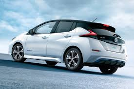 nissan leaf apple carplay eat your leaf y greens nissan leaf v2 0 brimming with autonomy by