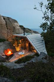 small contemporary cabin in norway serves up style on the rocks