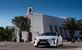 lexus lc wallpaper review lexus turns a new page with the lc 500 wallpaper