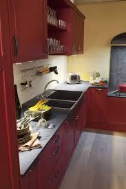 meuble de cuisine cing association de couleurs pour cette cuisine kuchnia czerwona