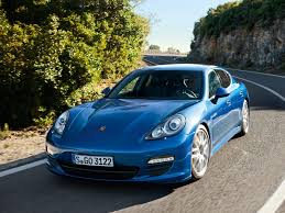 porsche car 4 door porsche expands its hybrid lineup with the panamera s hybrid