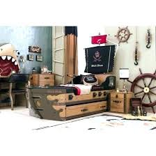 chambre b b pirate deco chambre enfant pas cher ration pirate lit pirate pour pas 7 lit