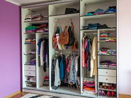 simple tips for getting your closet organized for