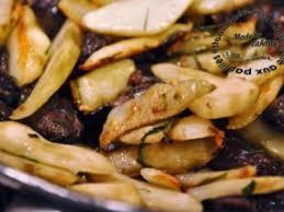 cuisiner des topinambours a la poele topinambours poêlés aux gésiers de canard confits recette ptitchef