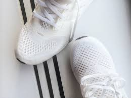 how to clean how to clean white running sneakers gq