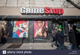 Gamestop Sales Associate Game Stop Store Stock Photos U0026 Game Stop Store Stock Images Alamy