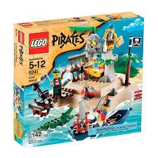 amazon com lego pirates loot island toys u0026 games