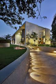 design house exterior lighting landscaping design idea lights highlight a decorative element on
