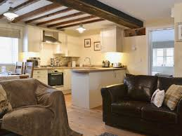 Home Interior Lion Picture Red Lion Lodge Ref W43584 In Myddle Near Shrewsbury Shropshire