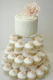 wedding cake and cupcakes wedding cake shops 15 must see wedding cupcake towers pins