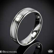 Platinum Comfort Fit Wedding Band Men U0027s Comfort Wedding Band With Spin Satin Finish Whiteflash 918