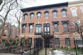rowhou com classic row house in old town 1 595m chicago tribune
