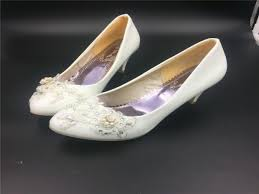wedding shoes size 11 low heels ivory white flower wedding shoes lace flowers
