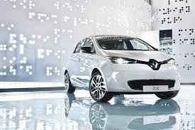renault zoe 2016 the fully electric renault zoe on its way to new zealand drive