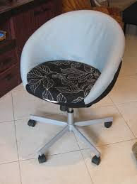 Ikea Rolling Chair by Skruvsta Office Chair Makeover Ikea Hackers Ikea Hackers