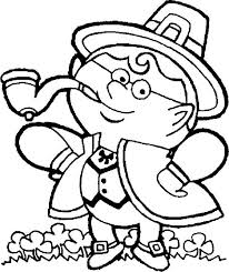 an irish guy in traditional costume celebrating st patricks day