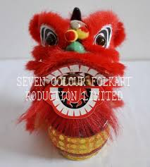 chinese small handicrafts red lion sitting on drum for car