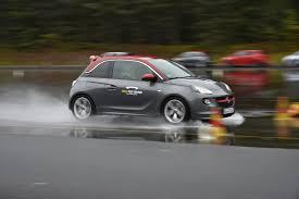Ihr Müsst Richtig Reintreten U201c Autofahren Am Limit Im Opel