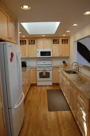 cuisine 7m2 cuisine cuisine 7m2 avec or couleur cuisine 7m2 idees de couleur