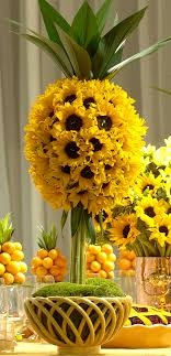 sunflower centerpiece sunflower centerpieces for late summer picnic prestonbailey