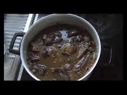cuisiner un coq cuisine française le coq au vin