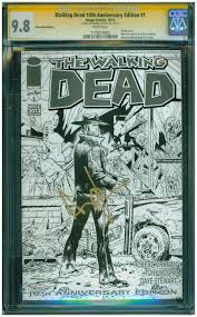tony moore of the walking dead signs at fan expo canada 2013 cgc