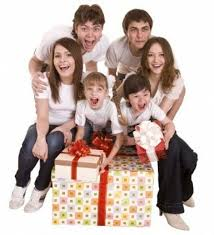 buy a family gift 11 clever ways to save on gifts