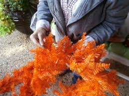 Halloween Tinsel Garland by Pictacarius Show Me Decorating