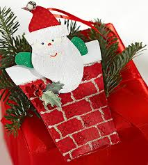 share the joy of christmas with santa claus decoration ideas