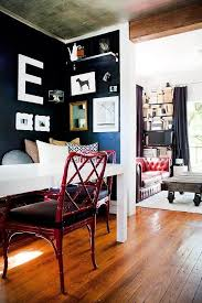 Small Spaces With Wonderful Maximalist Decorating Curbed - Living room apartment design
