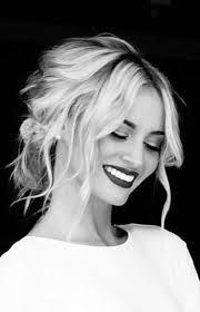 Formal Hairstyles For Medium Straight Hair by Best 25 Medium Wedding Hair Ideas On Pinterest Medium Length