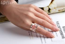 finger rings pictures images Austria crystal daisy black pink index finger rings for sale jpg