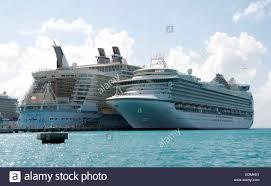 royalcaribbean the oasis of the seas royal caribbean cruise ship docked at the