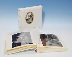 traditional wedding albums heritage romantica classic 2 cameo traditional wedding album