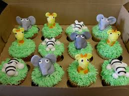 so happy together jungle cupcakes